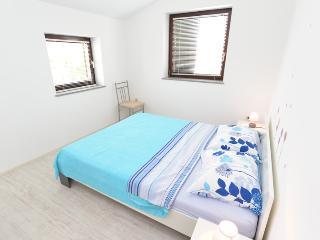 Apartment 1613