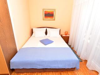Apartment 489