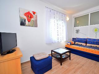 Apartment 762, Pavicini