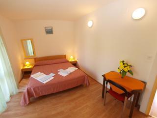 Apartment 827, Porec