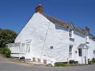 P108 - Agar Cottage, Trelights