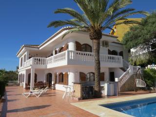 Stunning 6 bedroom villa with amazing views, La Herradura