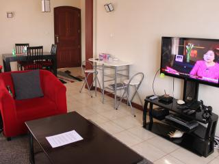 Three Bedroom Fully Furnished Apartmt (Chania Road), Nairóbi