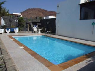 Casa Raul ideal para familias y grupos 8 - 10 pers, Playa Blanca
