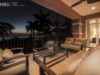 Luxurious Sunset View Condo at Los Sueños! Available for the Holidays!, Herradura