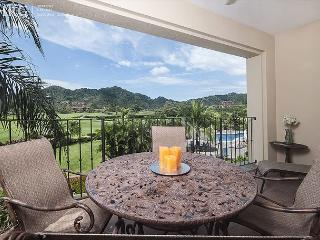 Green Paradise Condo with Golf course view at Los Sueños!, Herradura