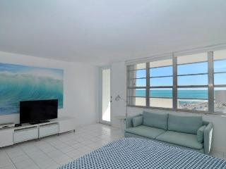 Decoplage South Beach Vacation Rental Studio Ocean, Miami Beach