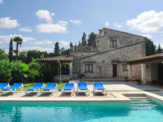 Villa with private pool in Pollensa (Joana Vertent)