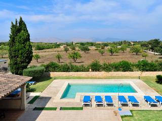 Villa with private pool in Pollensa (Joana Vertent)