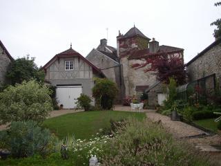 la brocantine, Fontaine-Francaise