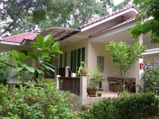 House rental for holidays Nature/seaside, Chakphong