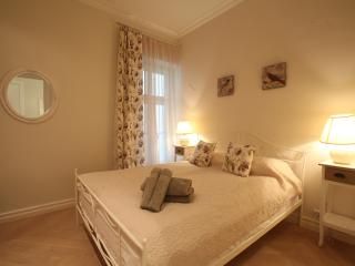 Delta Apartments - Old Town Romantic, Tallinn