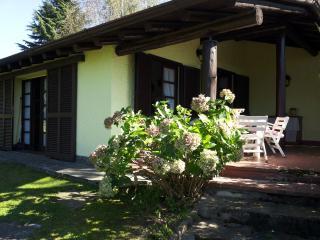 Villa Villaggio Giardino, Castelletto sopra Ticino