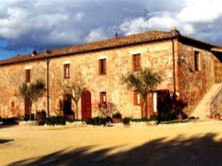 Podere il Moro (sleeps 4) Sovicille, Siena Tuscany