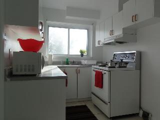 Full Kitchen