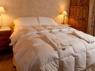 Casa Cuccina -  comfortable beds with high thread count sheets.