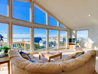 Bright home w/ private hot tub & stunning ocean views, nearby beach access!