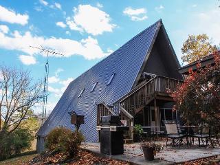 Fallswood Lodge | Hocking Hills