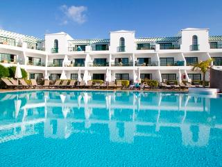 1 Bedroom Apartment Sleeps 4 Club del Carmen, Puerto del Carmen