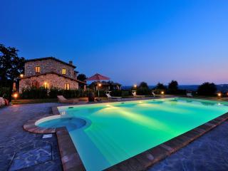Apartment with swimming pool around Orvieto, Baschi