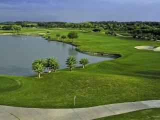 Château 501 - Golf Course View, Greater Noida