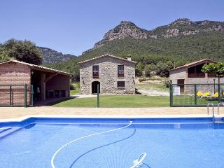 El Cosme: 8 ensuites, 16px, Great Pool, BBQ, Views, Capolat