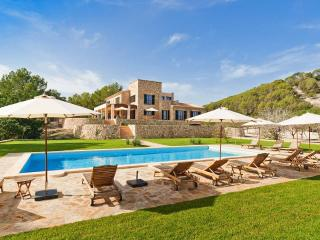 Wellness-Luxus-Finca mit Tennis, Fitness & Pool, Sineu