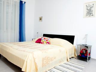 Split central  apartment Karissa