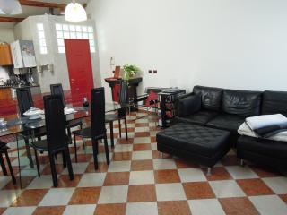 ROMANTIC APARTMENT FOR 2 - VENICE - Free WiFi, Venecia
