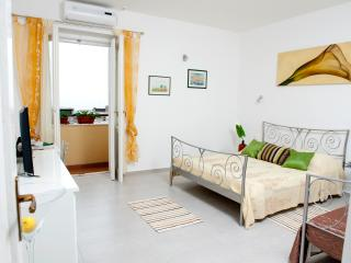 3 bedrooms, 2 bathrooms apartment Split !!