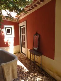 Romantic bath in the open
