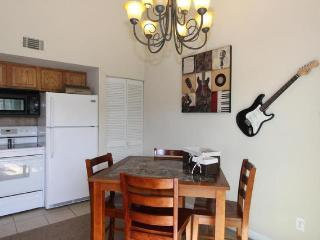 2 BR- 2 BA-  newly furnished, Branson