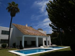 Three-Bedroom Villa - Villa Marina 12, Jose de Puerto Banús