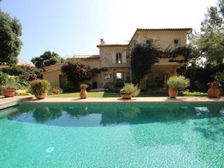 Waterfront villa with 7 bedrooms, pool, sea view, Antibes