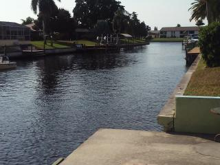 (3) Beautiful Waterfront Apartment in coveted SE, Cape Coral