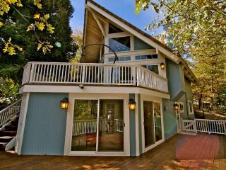 North Bay Lakefront Lodge - beach club passes