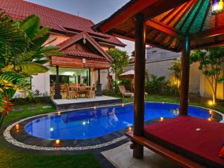 BEACH SEMINYAK-5 STAR-Villa Kibbi-FROM $155 Jan/Feb