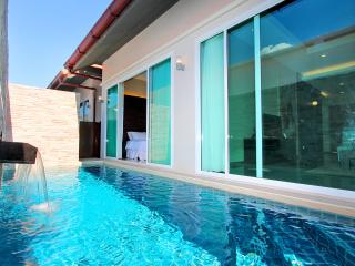 The Ville Pool Villa - 3Bedrooms (B05), Pattaya
