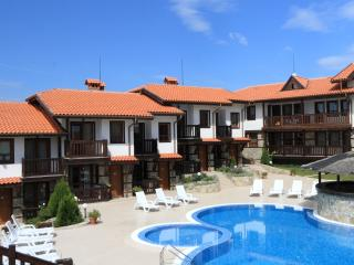 Pearl apartments (near Kavatsite beach), Sozopol