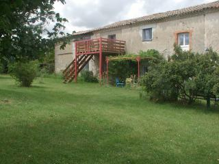 Farm house gite les mesanges, Issel