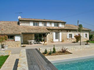 Rustic house with private pool, Saint Sylvestre sur Lot