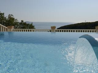 Beautiful sea view villa
