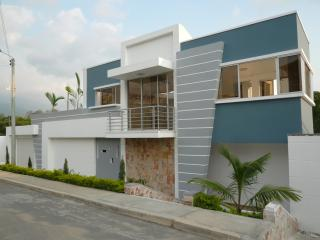 CASA SAIZ _ LUXURY HOUSE, Floridablanca