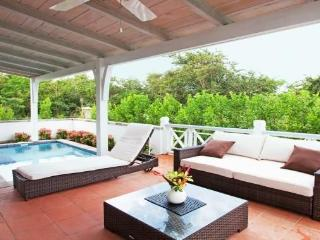 Romantic & Upscale Garden Villa with Plunge Pool, Nevis