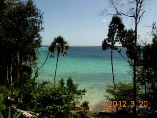 Lake front Casa a Jewel on Lagoona Bacalar