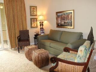 Beautiful Second Level 2 Bedroom 2 Bathroom Condo at Grand Panama!, Panama City Beach