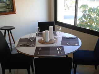 Luxury 2 bed Apartment - Free WIFI, Puerto de la Duquesa