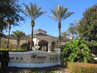 Windsor Hills beautiful 3 Bed condo 2 miles Disney, Orlando