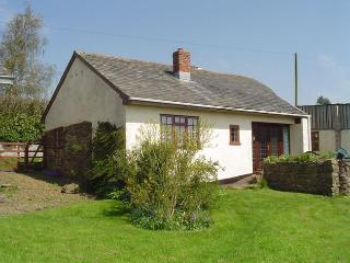 WASTA Cottage situated in Crediton (5mls N)