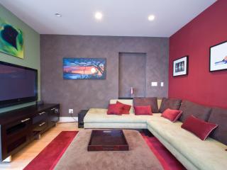 Contemporary Home West LA near Santa Monica & UCLA, Los Ángeles